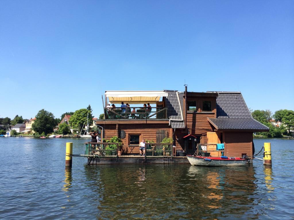 spreearche, müggelsee, berlin, restaurant auf wasser, sonnenschein, warm, sommer03