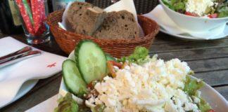 AMPELMANN Restaurant mit Blick auf die Spree
