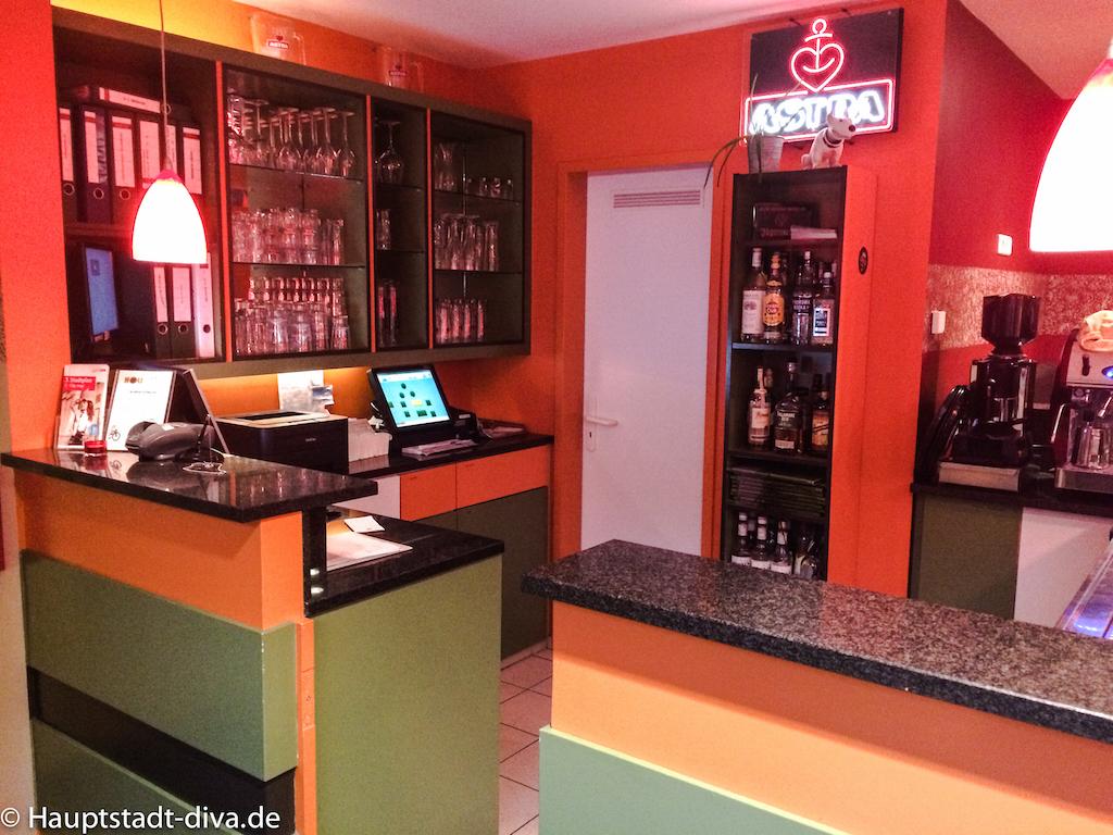 restaurant holis in lichtenberg. Black Bedroom Furniture Sets. Home Design Ideas